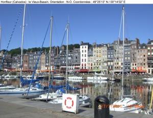 PHOTOGRAPHIE : Honfleur, le vieux bassin (Calvados) Honfleur-port-photo-300x232